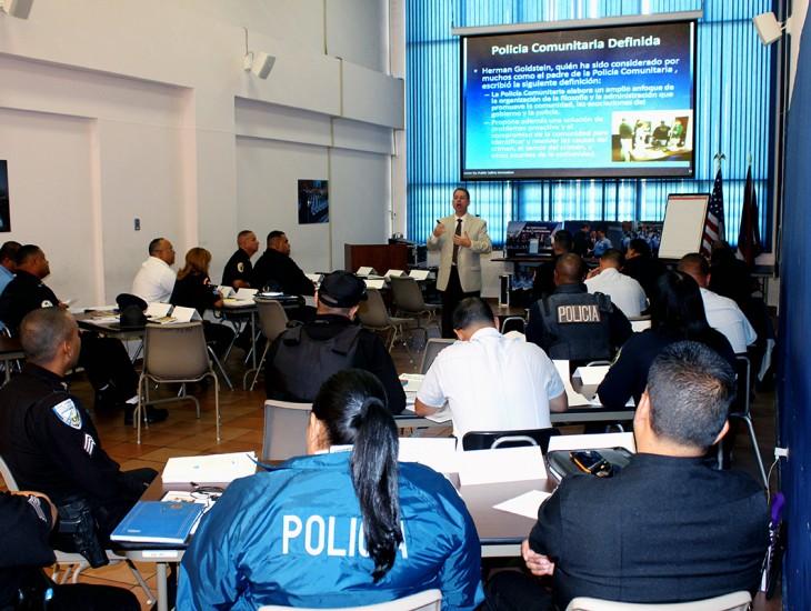 Academia de la Policía Promueve Efectiva Interacción Entre el Policía Municipal y la Ciudadanía