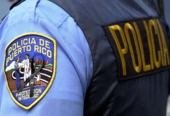Arrestan mujer estadounidense por agredir sujeto en hospedería en San Juan
