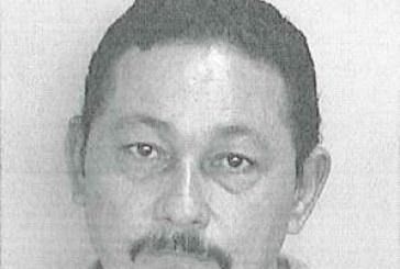 Policía municipal de Guánica enfrenta cargos por poseer marbete falso