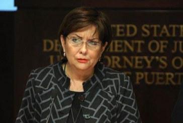 Mujer se declara culpable por estafar al Servicio Federal de Impuestos Internos