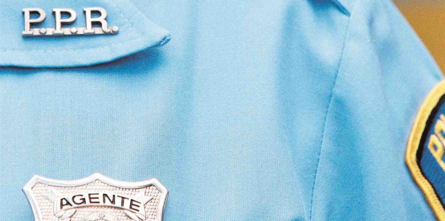 Acusan a hombre por asalto a exteniente de la Policía