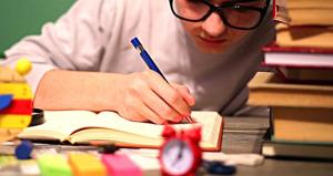 Exhortan a comenzar el año escolar con el convenio magisterial