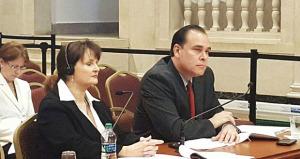 Lisa Donahue rechaza responsabilidad por el apagón en Aguirre