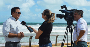 Alcalde de Luquillo activa plan de manejo de emergencia ante las fuertes marejadas