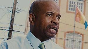 Eddie Manso emplaza a nueva alcaldesa que no se aumente el sueldo