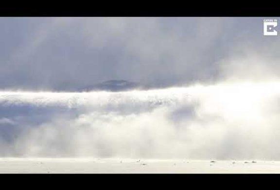 """Fotógrafa captura un raro fenómeno meteorológico que se describe como """"tsunami de nieve"""""""