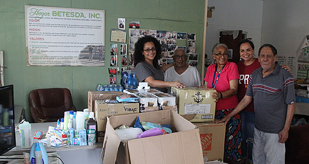 UPRH distribuye ayudas enviadas por Palm Beach County Cares
