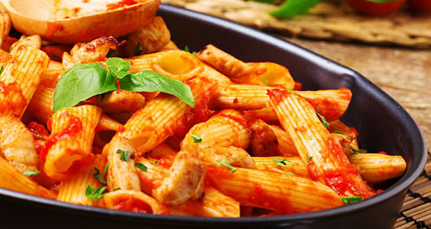 Sabrosuras: Pasta con pollo y vino