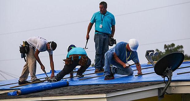 USACE asegura instalará toldos azules que faltan