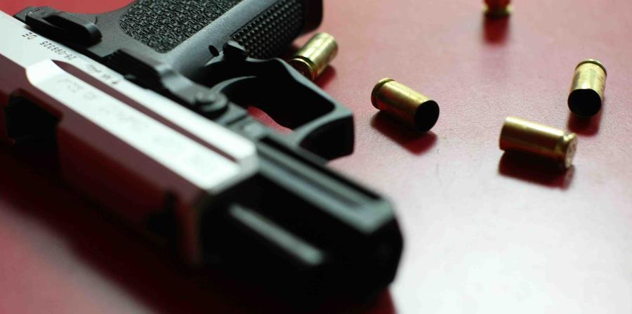 Seguridad Pública y Justicia están opuestos a facilitar armas de fuego