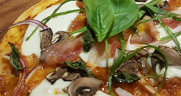 Sabrosuras: Pizza #candelitacandelita