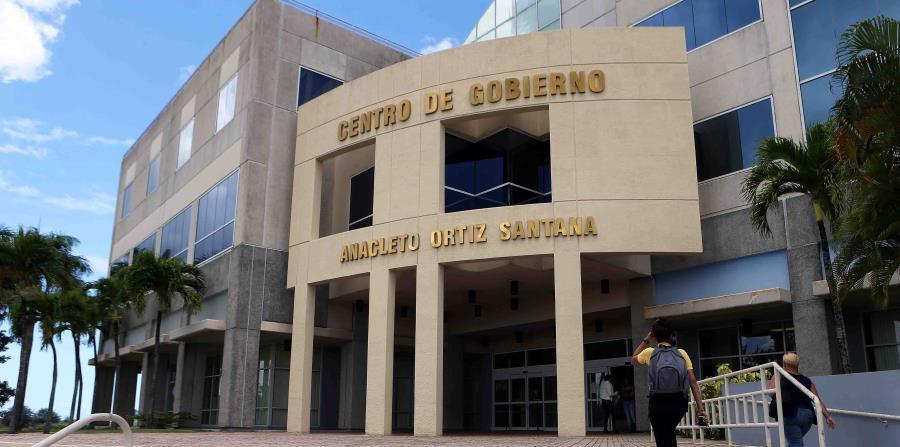 El FBI arresta a un exempleado y un contratista de Toa Baja