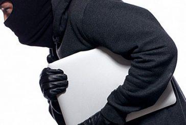 Se roban 20 computadoras portátiles de escuela en Naguabo